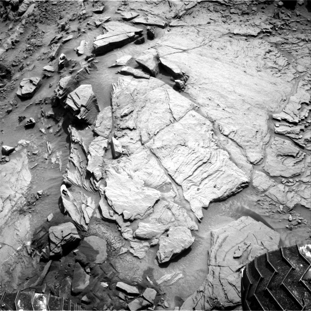 Nasa's Mars rover Curiosity acquired this image using its Right Navigation Camera on Sol 1343, at drive 992, site number 54