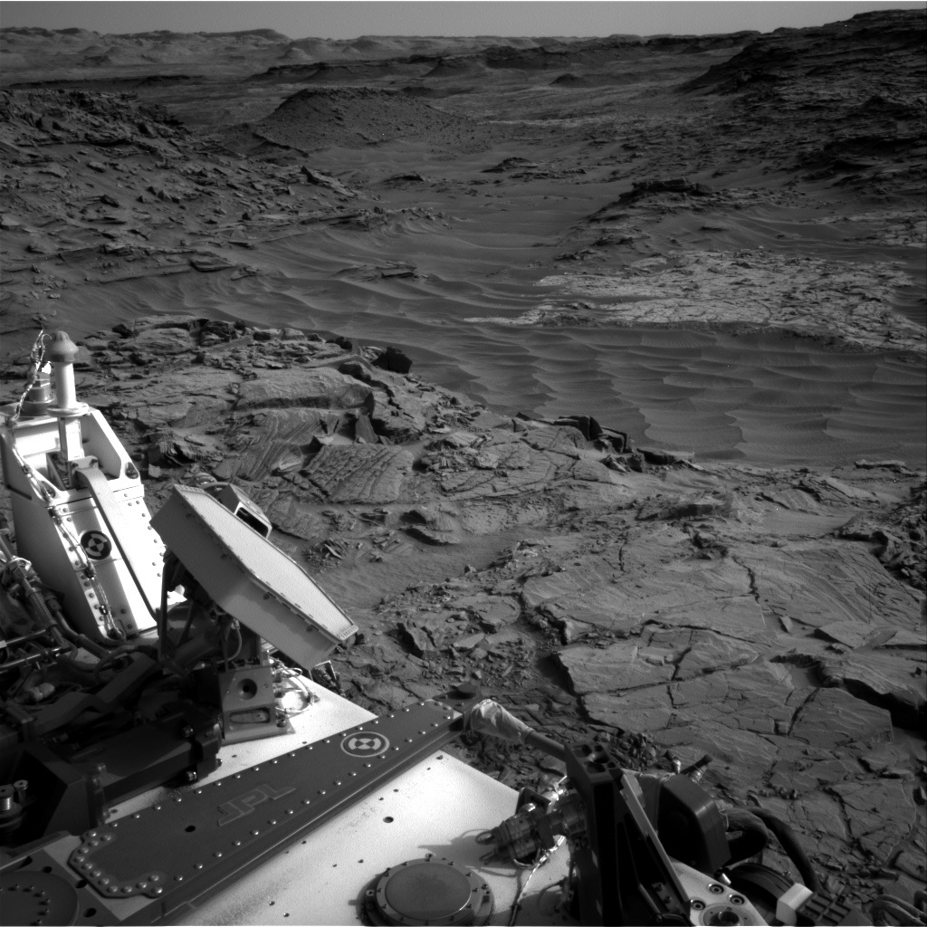 NASA's Mars rover Curiosity acquired this image using its Right Navigation Cameras (Navcams) on Sol 1344