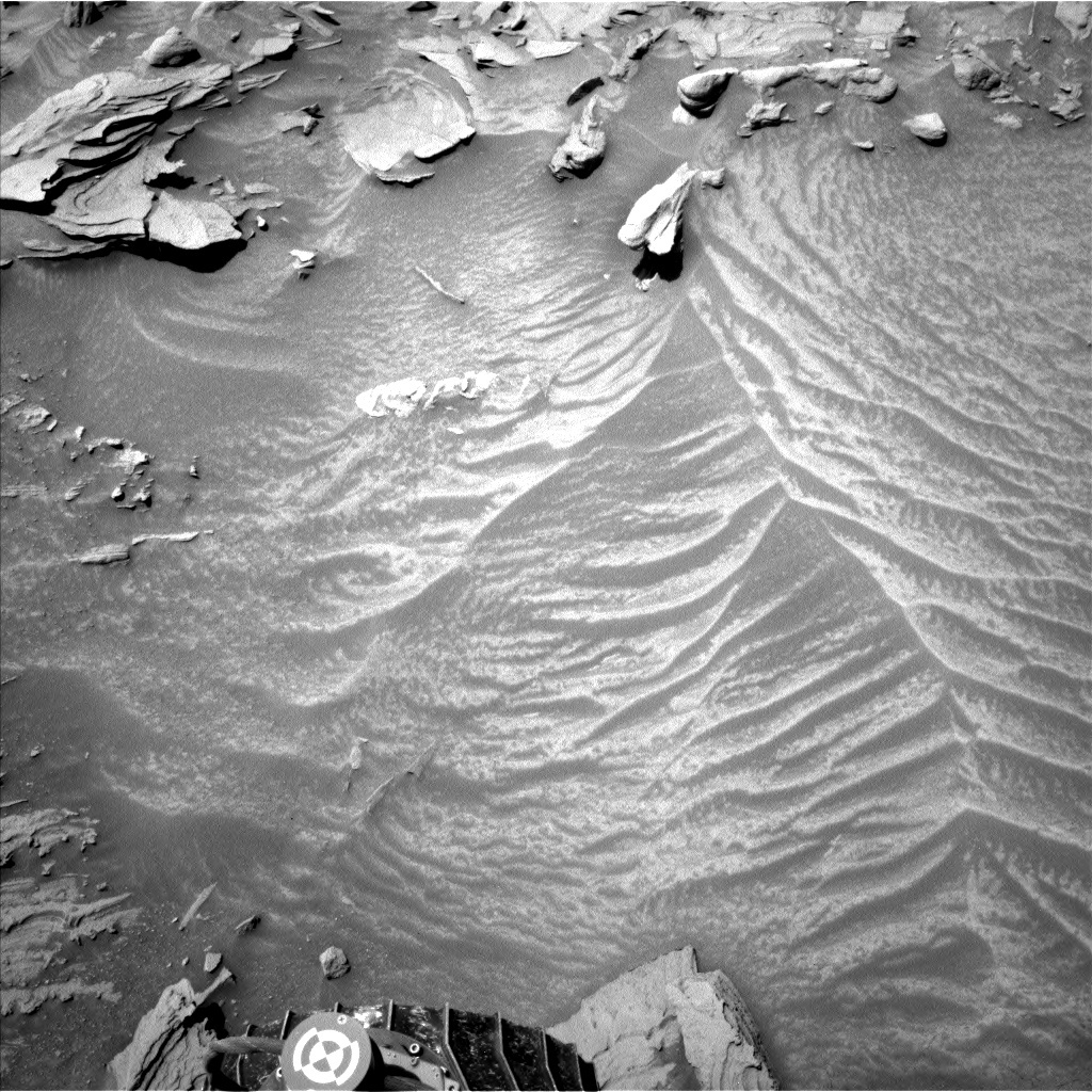 NASA's Mars rover Curiosity acquired this image using its Left Navigation Camera (Navcams) on Sol 1347