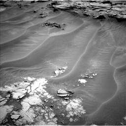 Nasa's Mars rover Curiosity acquired this image using its Left Navigation Camera on Sol 1353, at drive 1910, site number 54