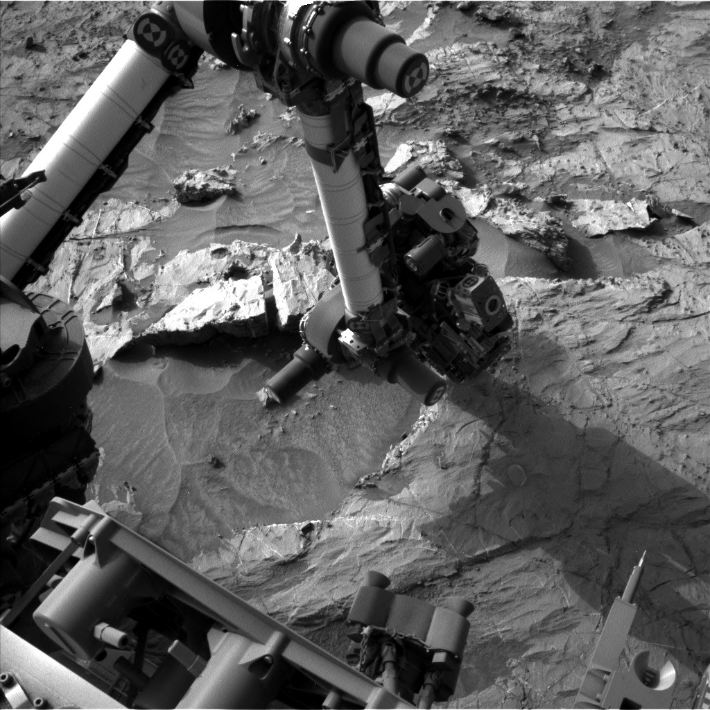 NASA's Mars rover Curiosity acquired this image using its Left Navigation Camera (Navcams) on Sol 1359
