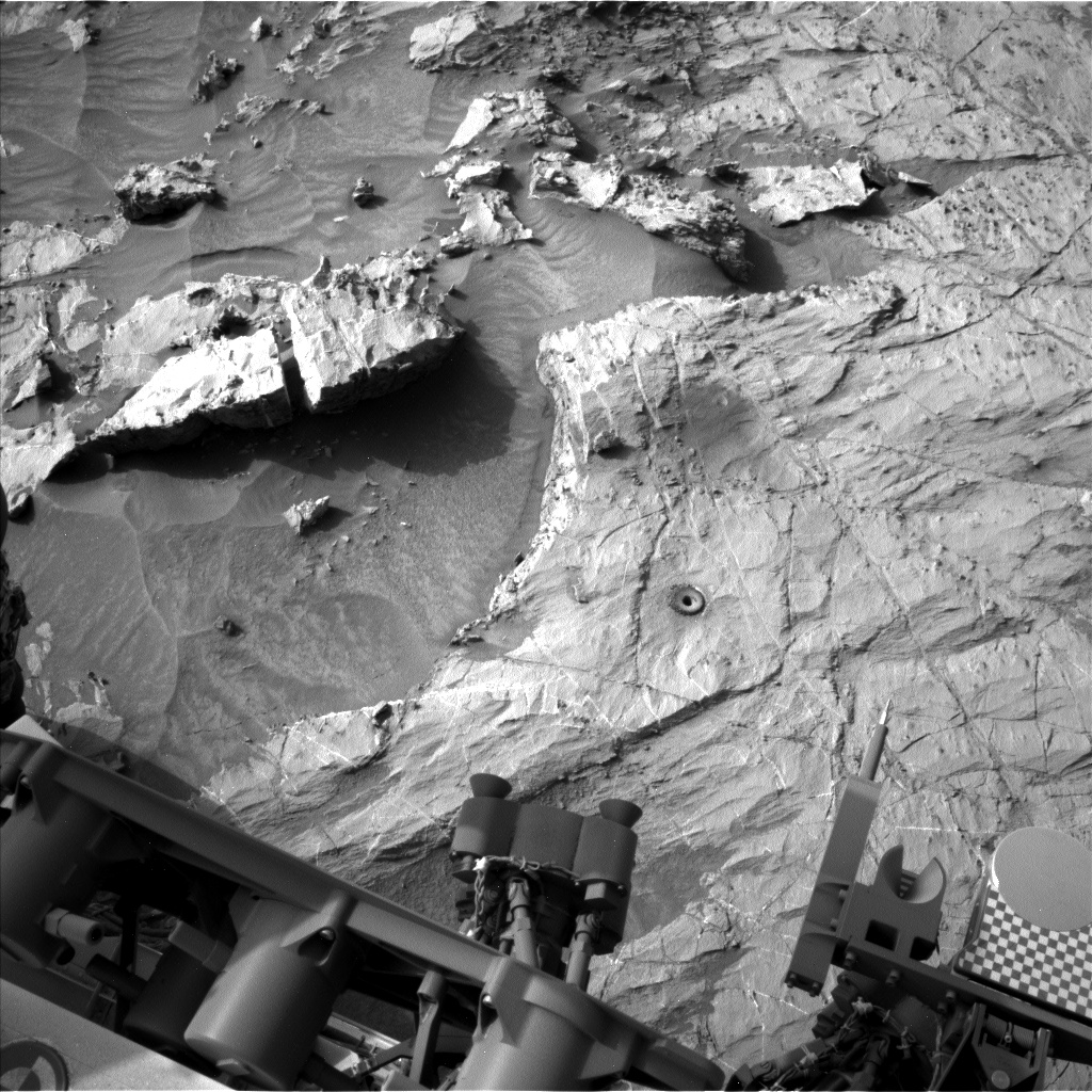 Nasa's Mars rover Curiosity acquired this image using its Left Navigation Camera on Sol 1361, at drive 2280, site number 54