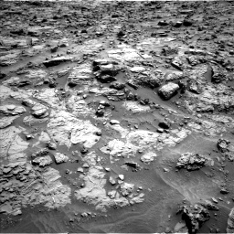 Nasa's Mars rover Curiosity acquired this image using its Left Navigation Camera on Sol 1371, at drive 2586, site number 54