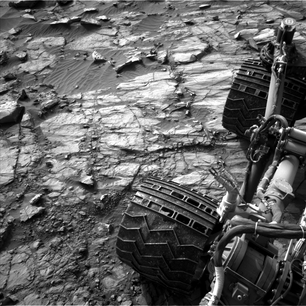 Nasa's Mars rover Curiosity acquired this image using its Left Navigation Camera on Sol 1378, at drive 310, site number 55