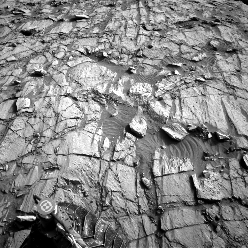 Nasa's Mars rover Curiosity acquired this image using its Right Navigation Camera on Sol 1378, at drive 310, site number 55