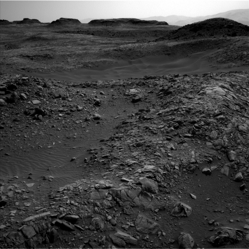 NASA's Mars rover Curiosity acquired this image using its Left Navigation Camera (Navcams) on Sol 1385