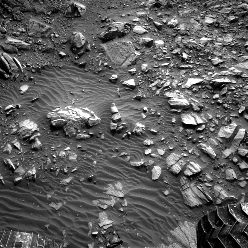 Nasa's Mars rover Curiosity acquired this image using its Right Navigation Camera on Sol 1385, at drive 1312, site number 55