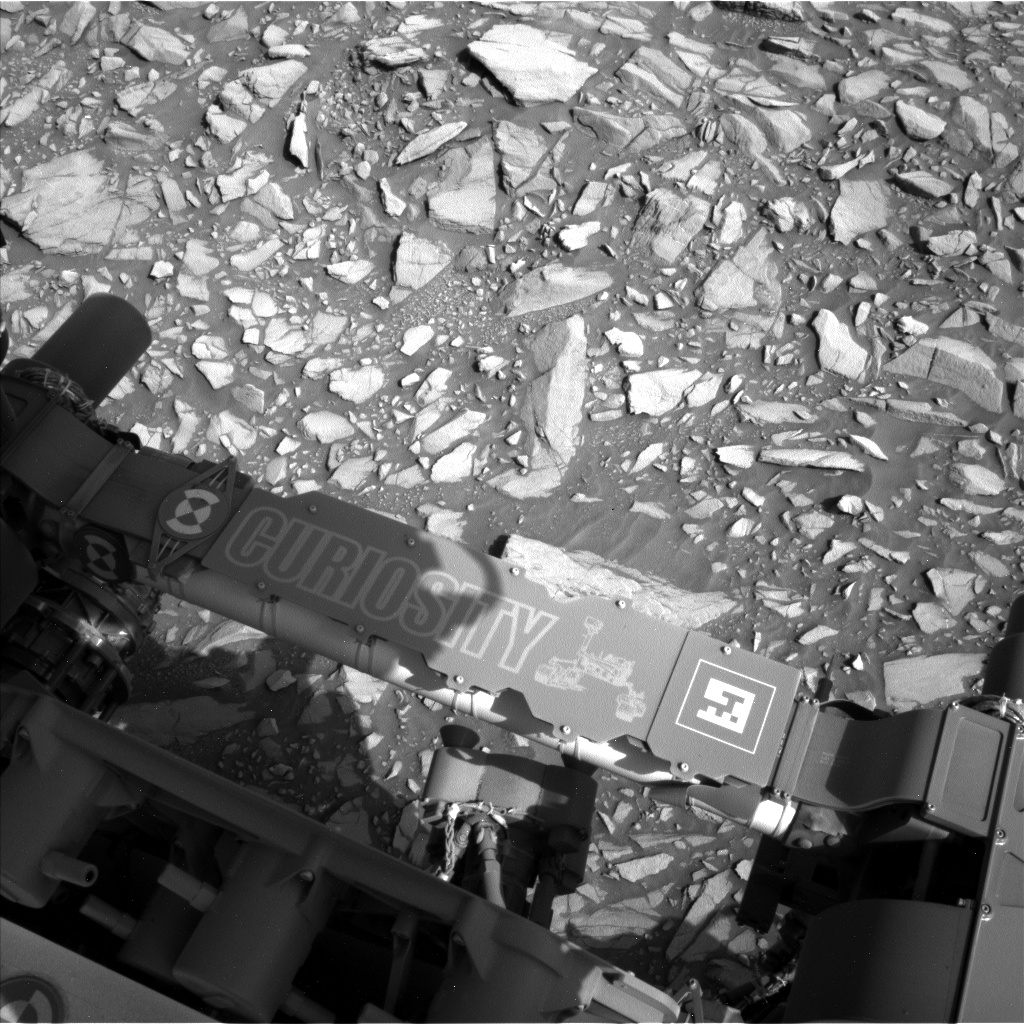Nasa's Mars rover Curiosity acquired this image using its Left Navigation Camera on Sol 1386, at drive 1336, site number 55