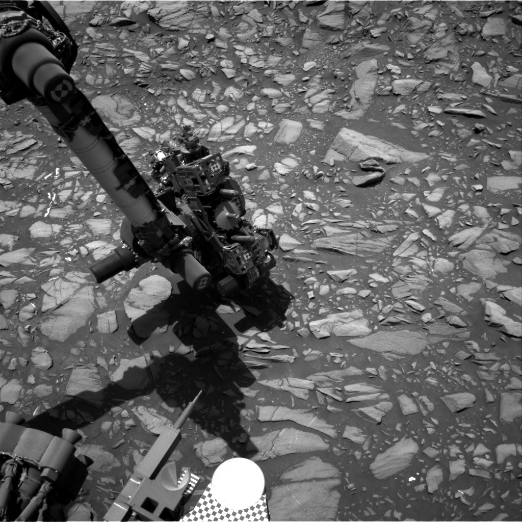 Rover arm visible in Sol 1386 image