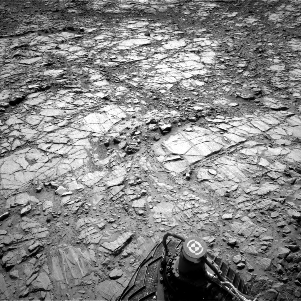 NASA's Mars rover Curiosity acquired this image using its Left Navigation Camera (Navcams) on Sol 1412
