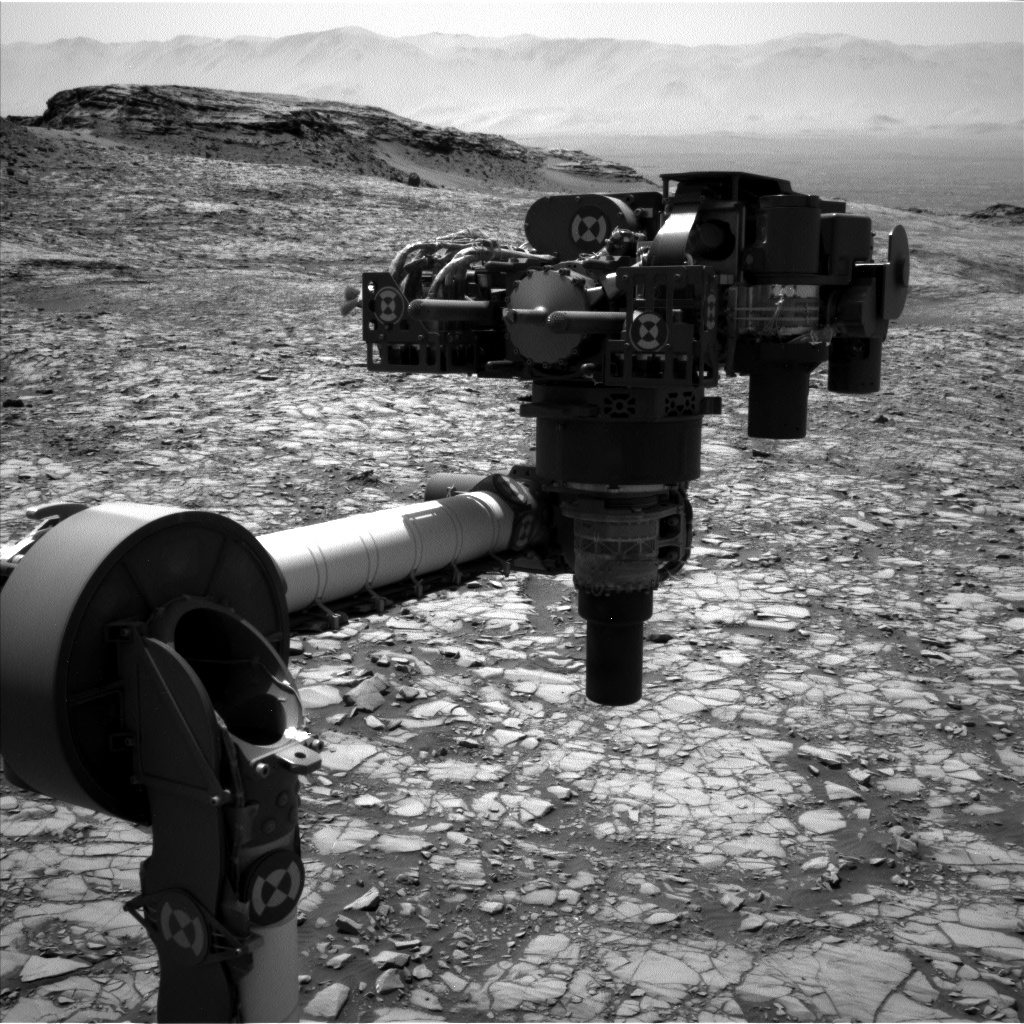 NASA's Mars rover Curiosity acquired this image using its Left Navigation Camera (Navcams) on Sol 1417