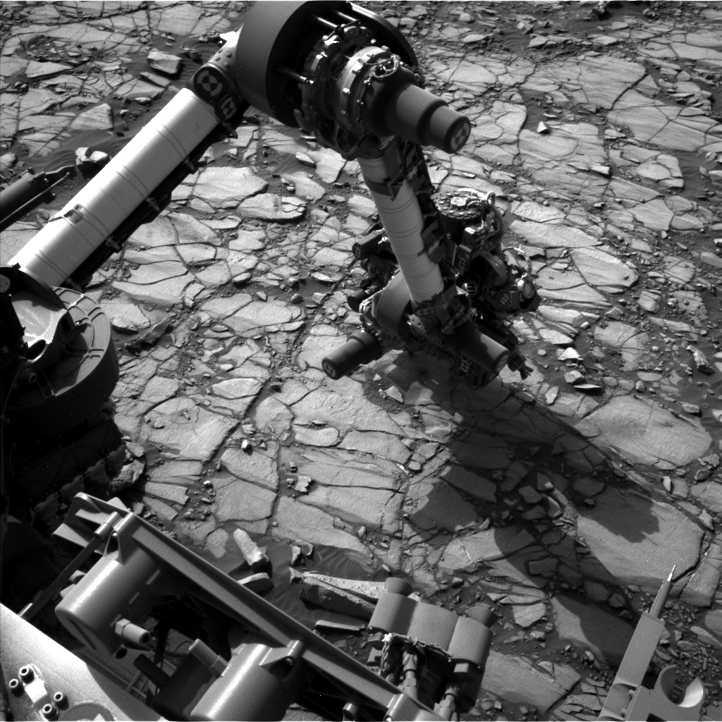 NASA's Mars rover Curiosity acquired this image using its Left Navigation Camera (Navcams) on Sol 1422