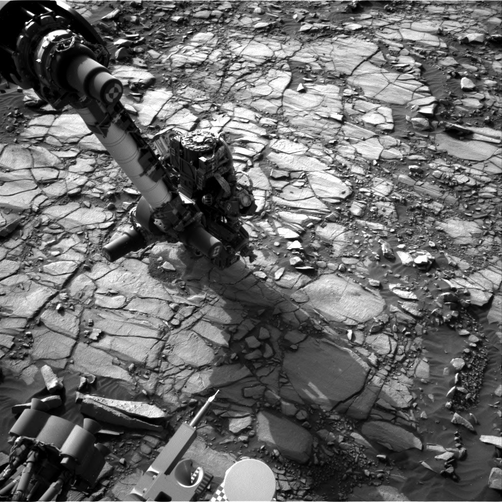 NASA's Mars rover Curiosity acquired this image using its Right Navigation Cameras (Navcams) on Sol 1422