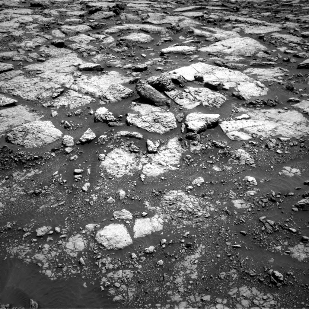 Nasa's Mars rover Curiosity acquired this image using its Left Navigation Camera on Sol 1433, at drive 2590, site number 56