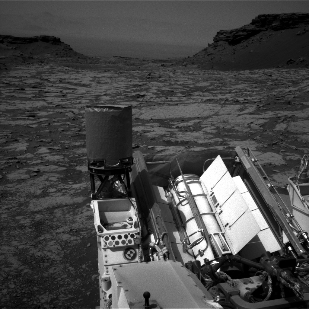 Nasa's Mars rover Curiosity acquired this image using its Left Navigation Camera on Sol 1433, at drive 0, site number 57