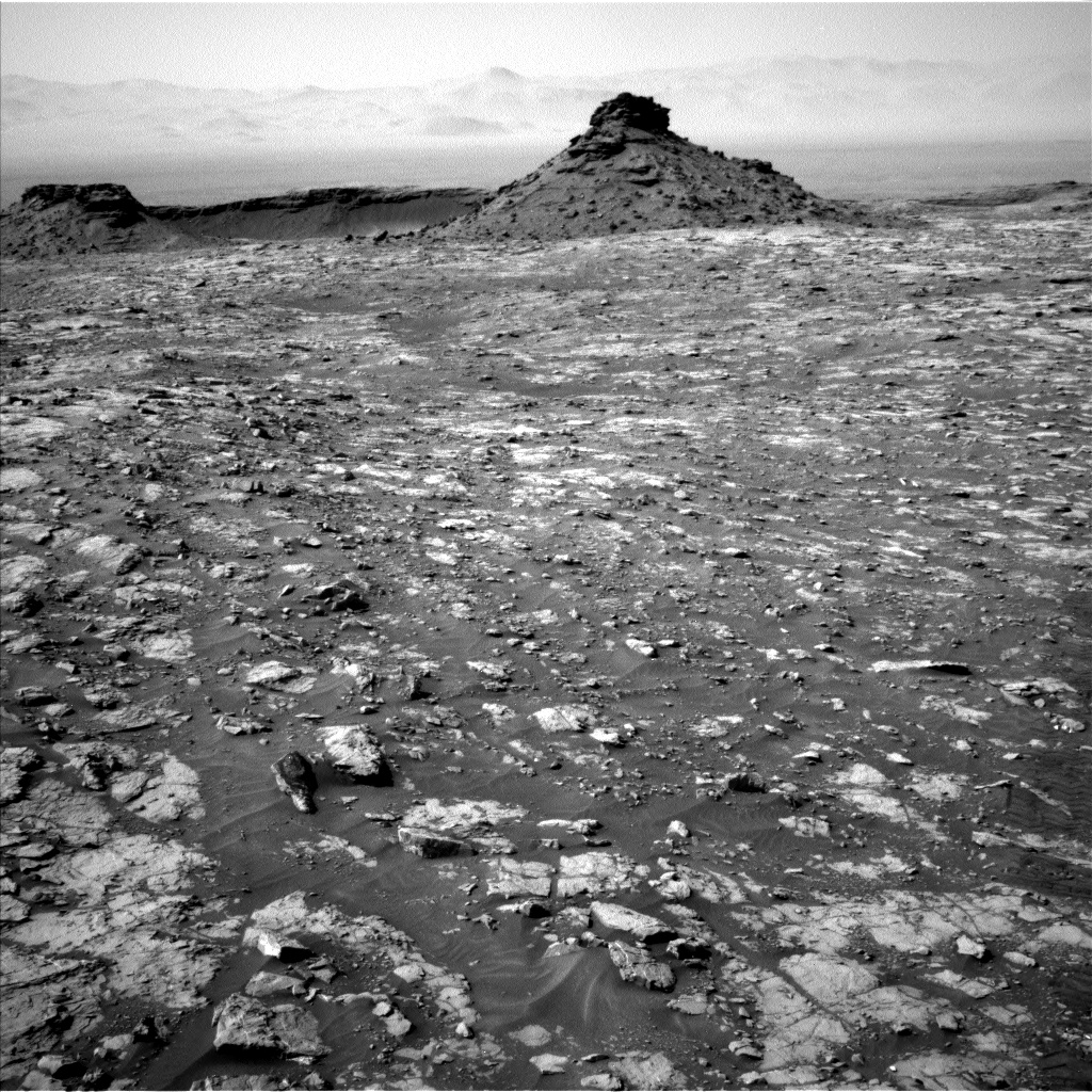 Nasa's Mars rover Curiosity acquired this image using its Left Navigation Camera on Sol 1435, at drive 462, site number 57