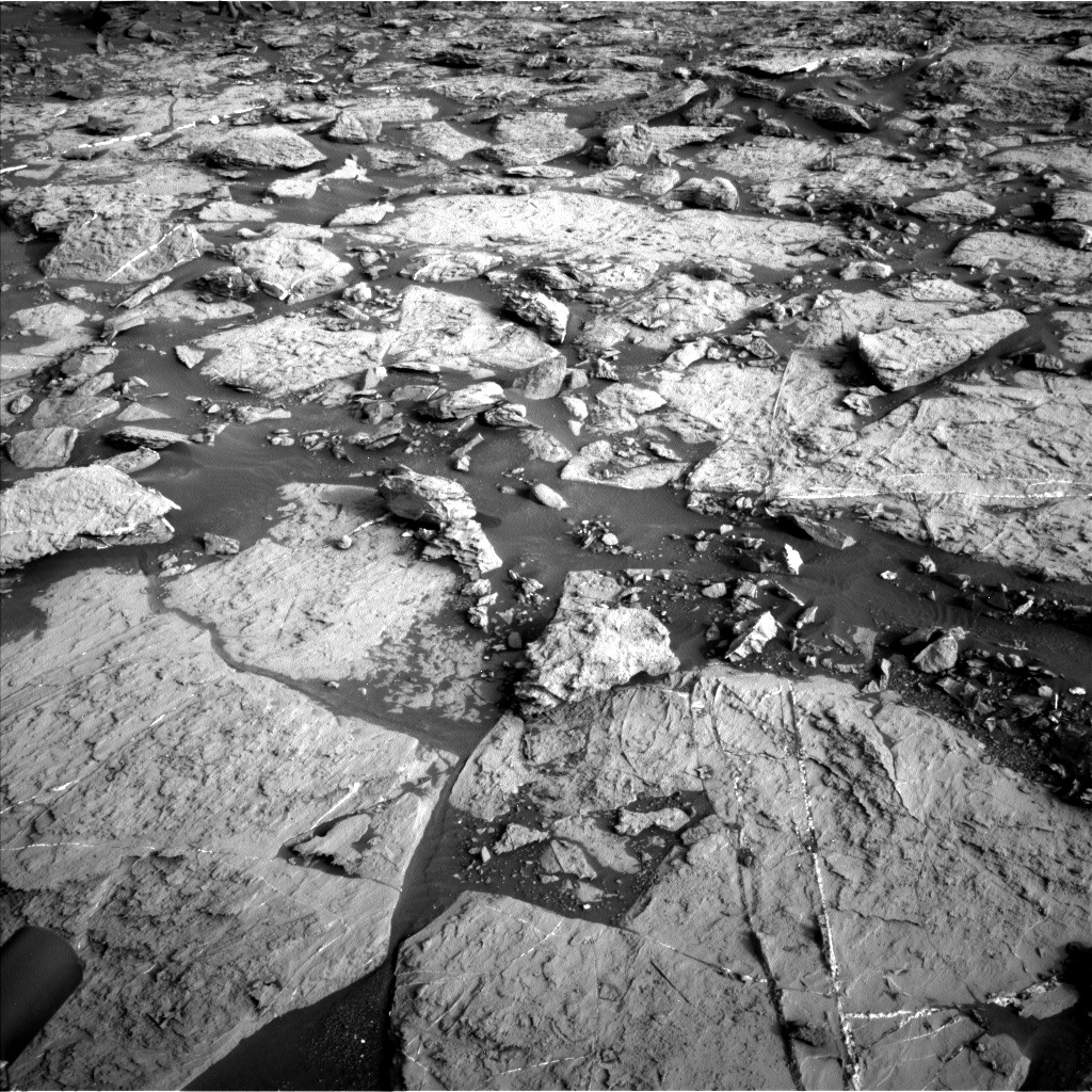 Nasa's Mars rover Curiosity acquired this image using its Left Navigation Camera on Sol 1448, at drive 1906, site number 57