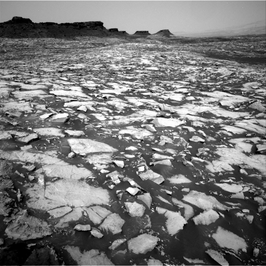 NASA's Mars rover Curiosity acquired this image using its Right Navigation Cameras (Navcams) on Sol 1468
