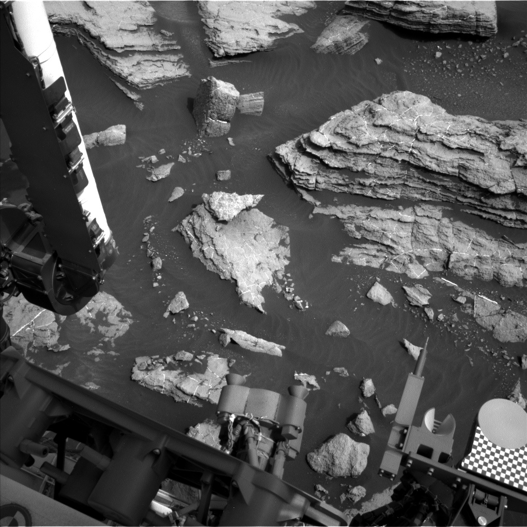 Nasa's Mars rover Curiosity acquired this image using its Left Navigation Camera on Sol 1473, at drive 774, site number 58