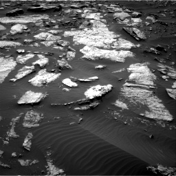 Nasa's Mars rover Curiosity acquired this image using its Right Navigation Camera on Sol 1473, at drive 672, site number 58