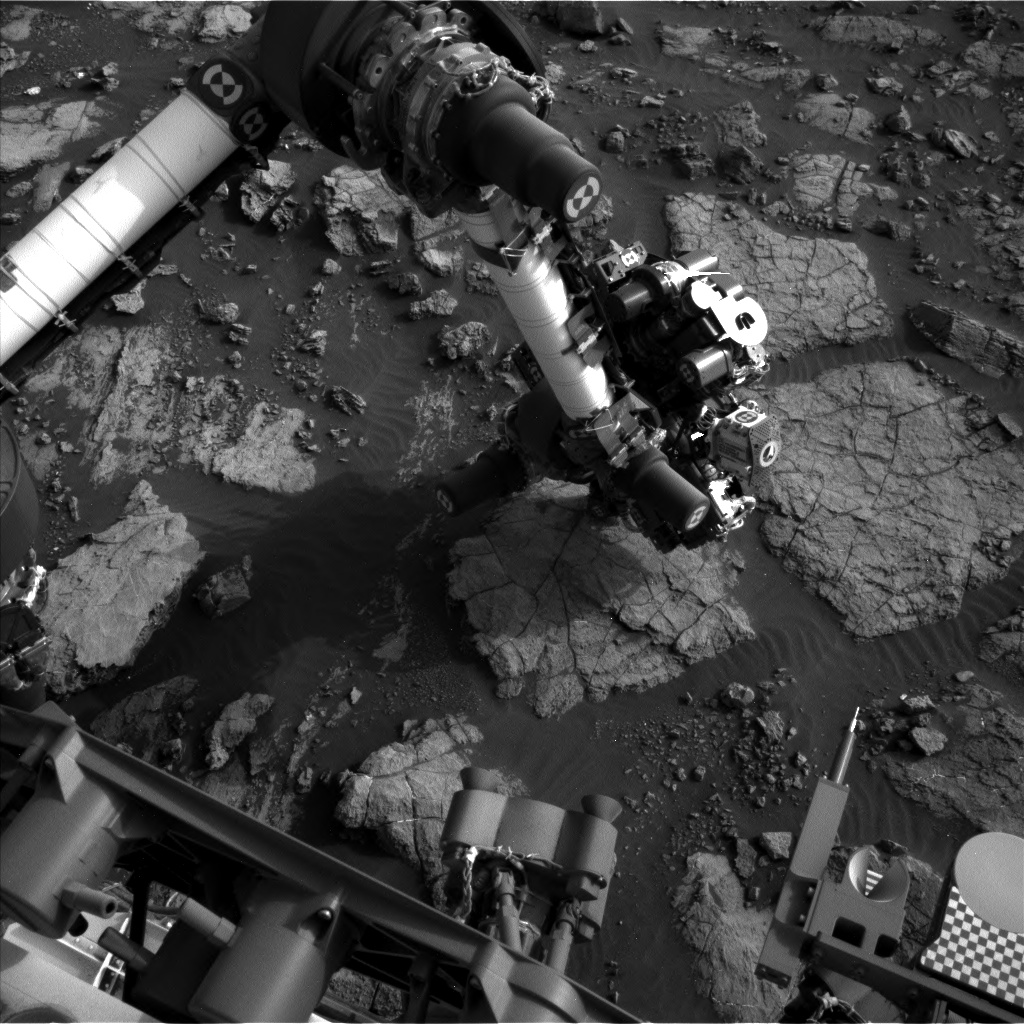 Nasa's Mars rover Curiosity acquired this image using its Left Navigation Camera on Sol 1477, at drive 912, site number 58