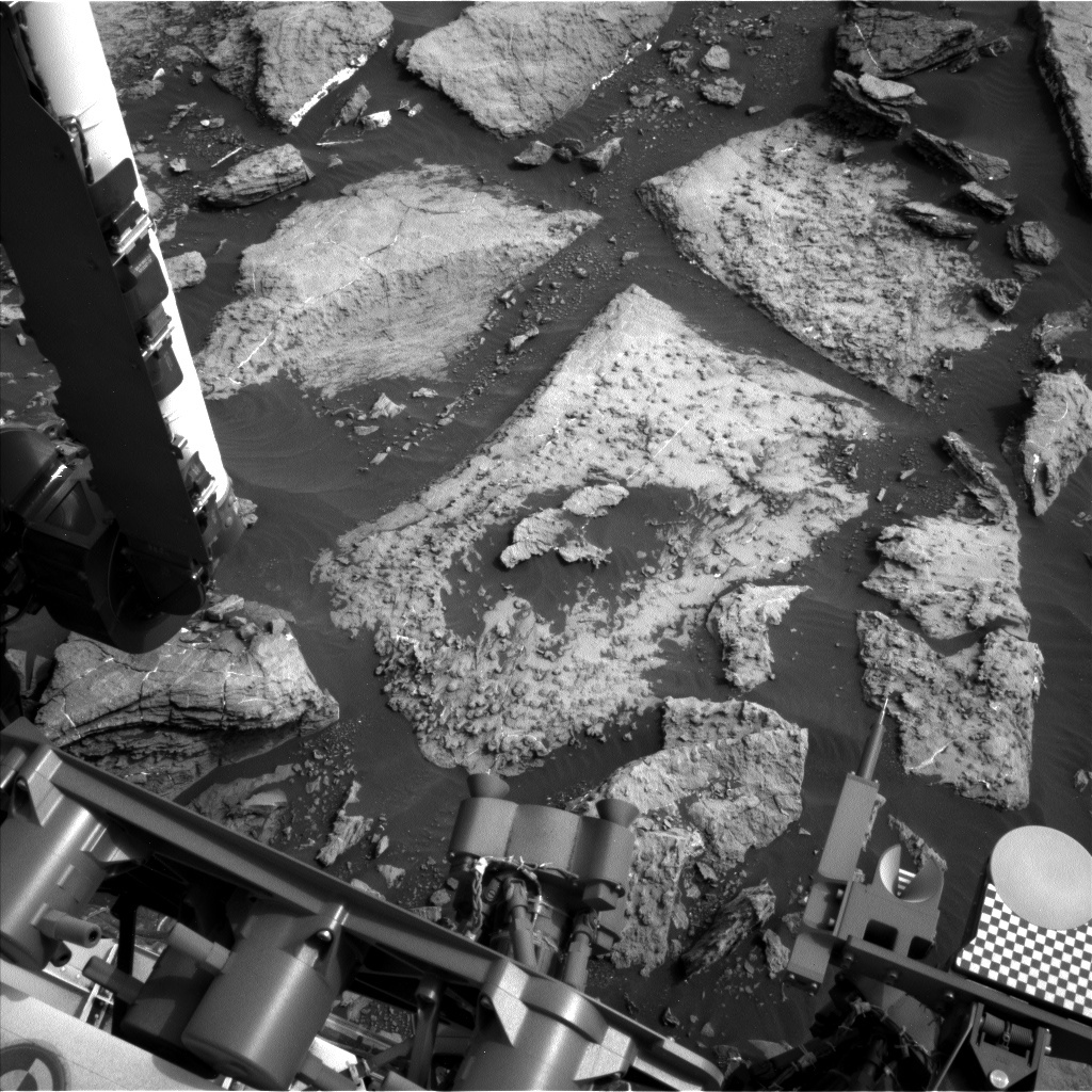 NASA's Mars rover Curiosity acquired this image using its Left Navigation Camera (Navcams) on Sol 1478