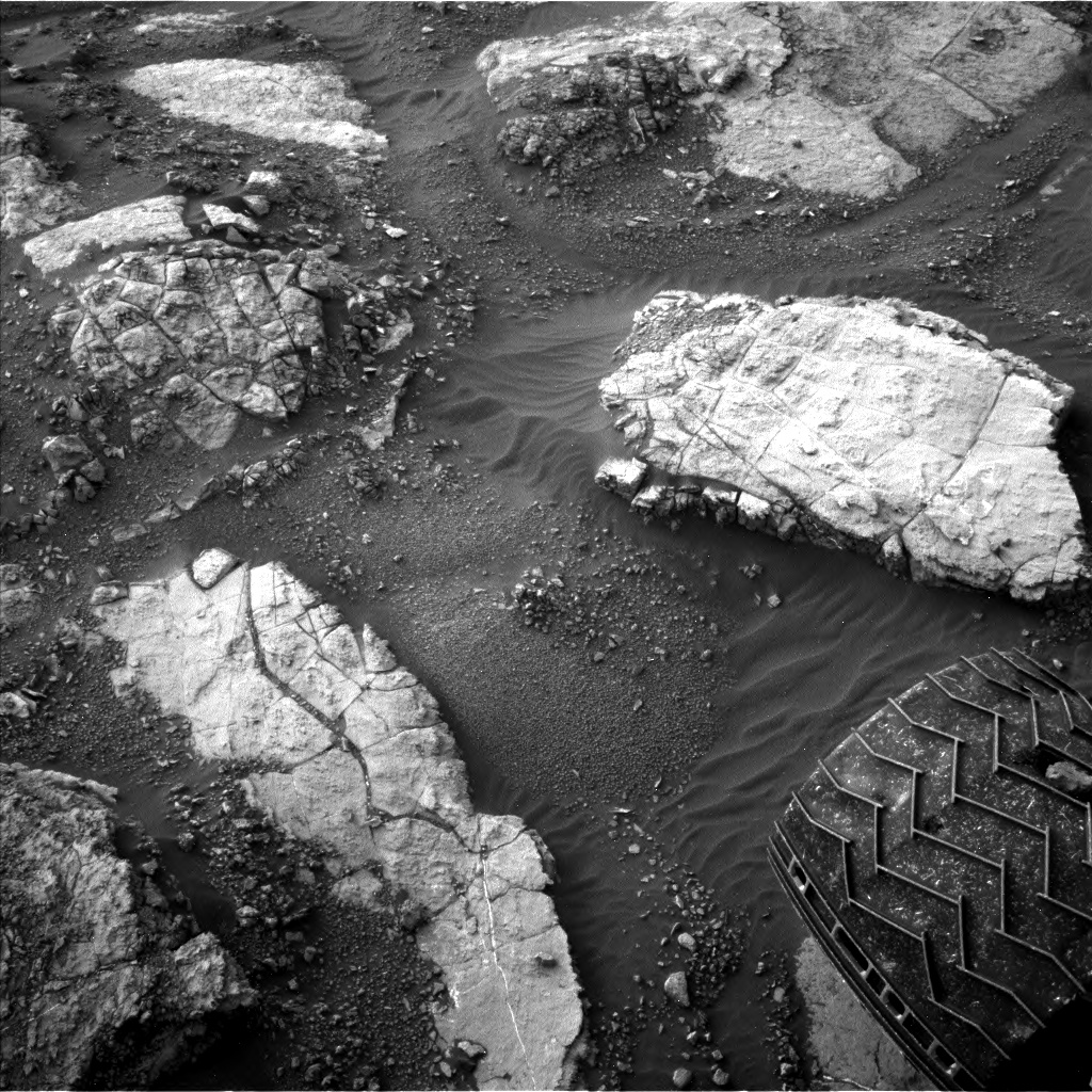 Nasa's Mars rover Curiosity acquired this image using its Left Navigation Camera on Sol 1480, at drive 1248, site number 58