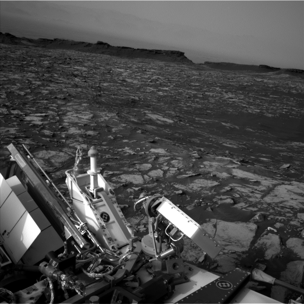 Nasa's Mars rover Curiosity acquired this image using its Left Navigation Camera on Sol 1482, at drive 1572, site number 58