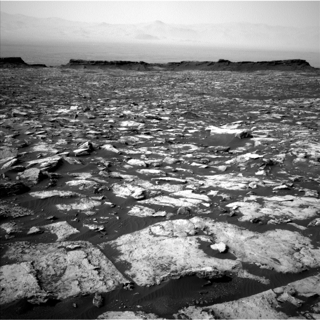Sol 1487 navcam view of the Murray Buttes and crater rim