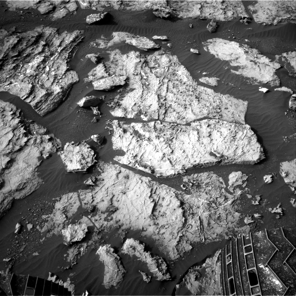 Nasa's Mars rover Curiosity acquired this image using its Right Navigation Camera on Sol 1487, at drive 1986, site number 58