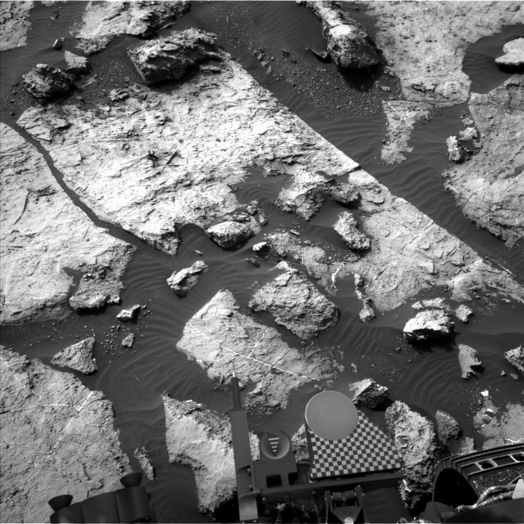 Nasa's Mars rover Curiosity acquired this image using its Left Navigation Camera on Sol 1489, at drive 2046, site number 58