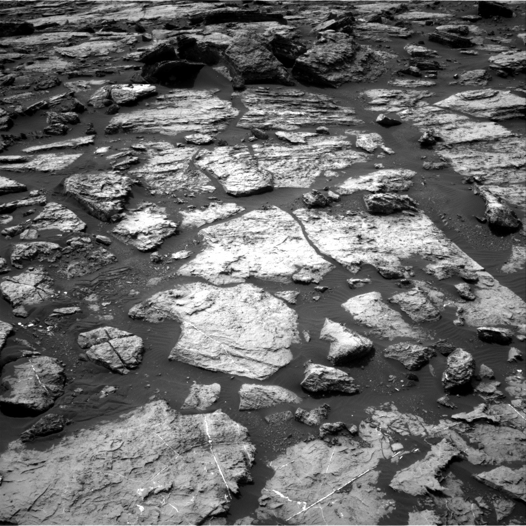 Nasa's Mars rover Curiosity acquired this image using its Right Navigation Camera on Sol 1489, at drive 2034, site number 58