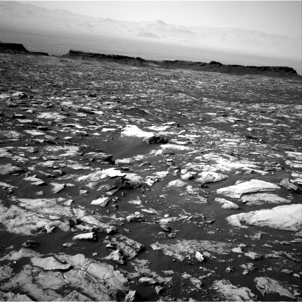 NASA's Mars rover Curiosity acquired this image using its Right Navigation Cameras (Navcams) on Sol 1489