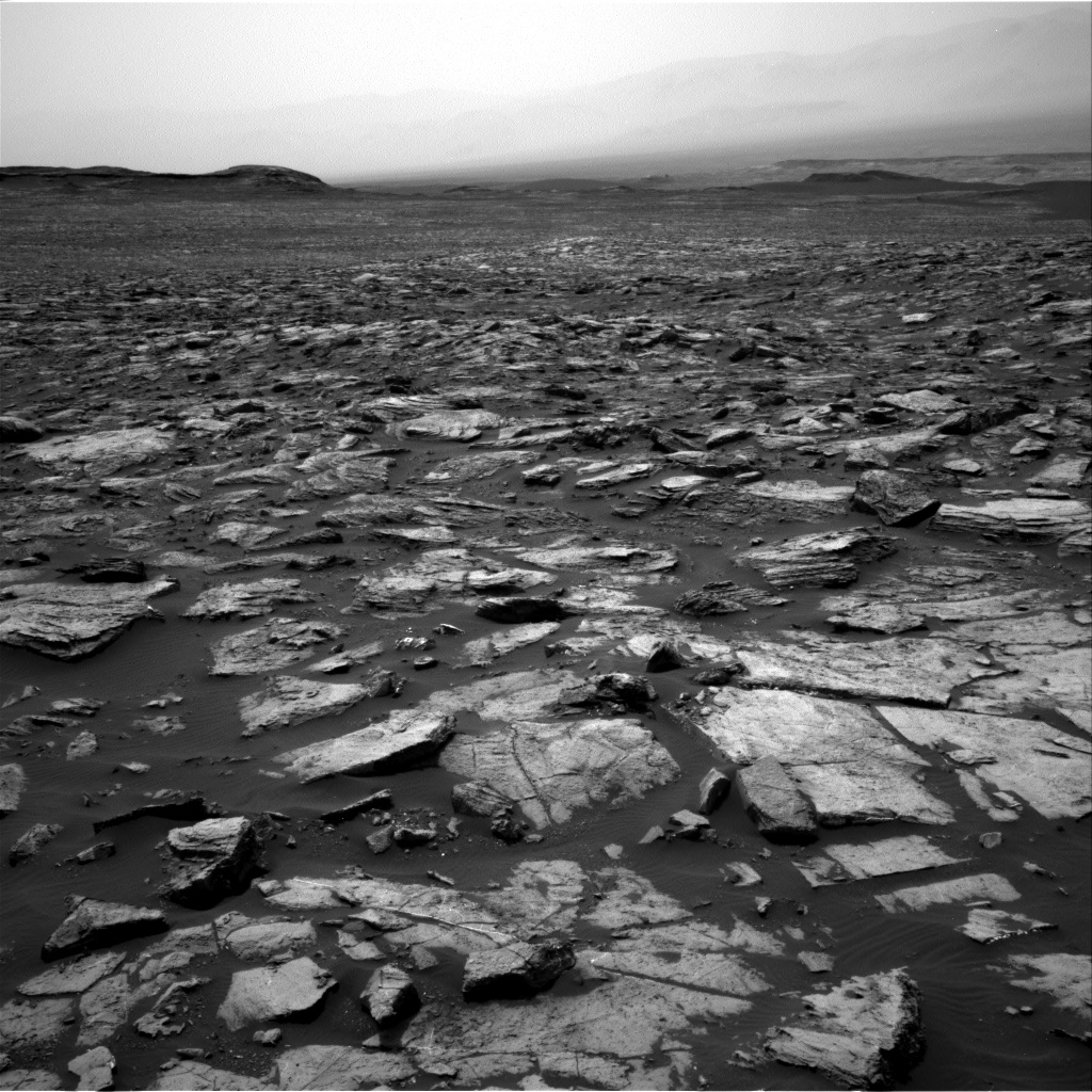 Nasa's Mars rover Curiosity acquired this image using its Right Navigation Camera on Sol 1499, at drive 2136, site number 58
