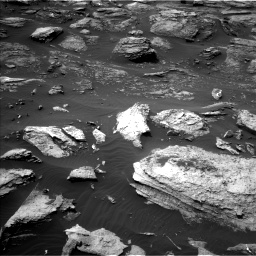 Nasa's Mars rover Curiosity acquired this image using its Left Navigation Camera on Sol 1501, at drive 2628, site number 58