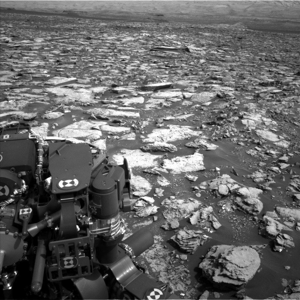 Nasa's Mars rover Curiosity acquired this image using its Left Navigation Camera on Sol 1501, at drive 2760, site number 58