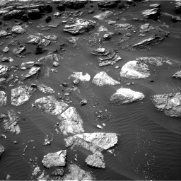 Nasa's Mars rover Curiosity acquired this image using its Right Navigation Camera on Sol 1501, at drive 2694, site number 58
