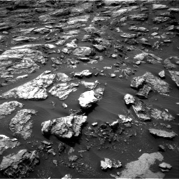 Nasa's Mars rover Curiosity acquired this image using its Right Navigation Camera on Sol 1501, at drive 2748, site number 58