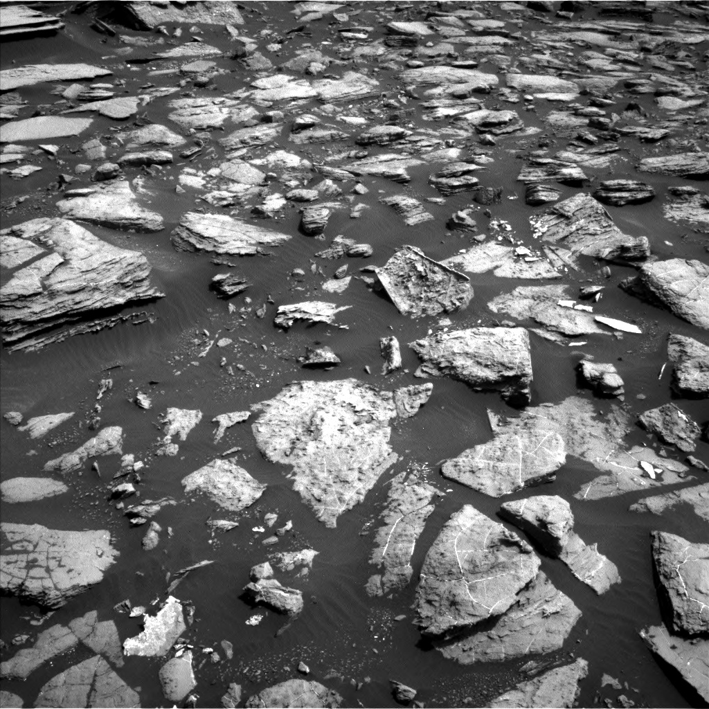 Nasa's Mars rover Curiosity acquired this image using its Left Navigation Camera on Sol 1502, at drive 2910, site number 58