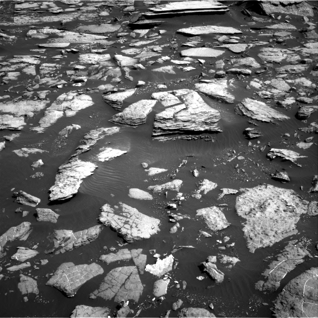 Nasa's Mars rover Curiosity acquired this image using its Right Navigation Camera on Sol 1502, at drive 2910, site number 58