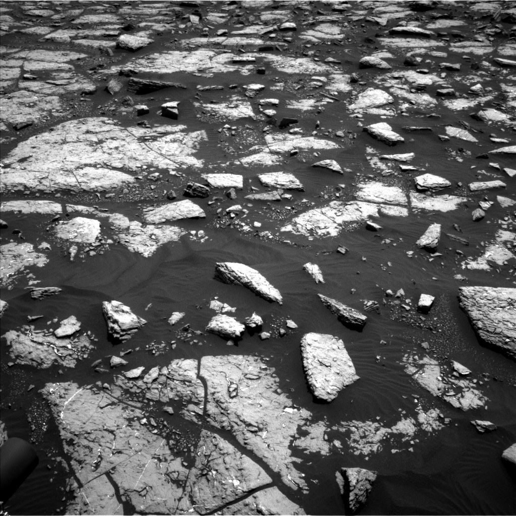 Nasa's Mars rover Curiosity acquired this image using its Left Navigation Camera on Sol 1508, at drive 900, site number 59