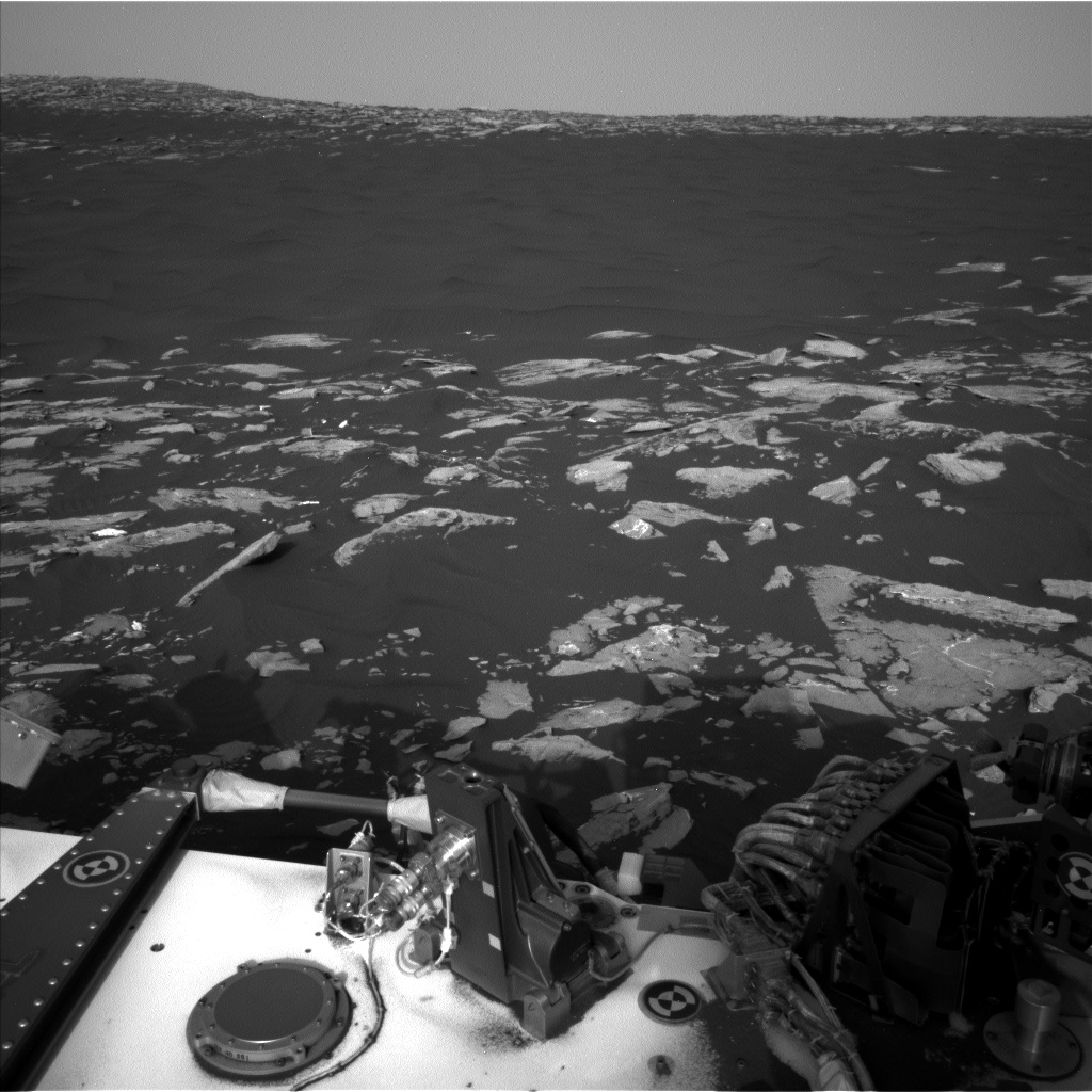 Nasa's Mars rover Curiosity acquired this image using its Left Navigation Camera on Sol 1514, at drive 1998, site number 59