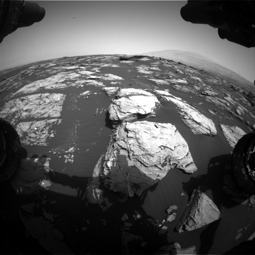Nasa's Mars rover Curiosity acquired this image using its Front Hazard Avoidance Camera (Front Hazcam) on Sol 1519, at drive 2578, site number 59
