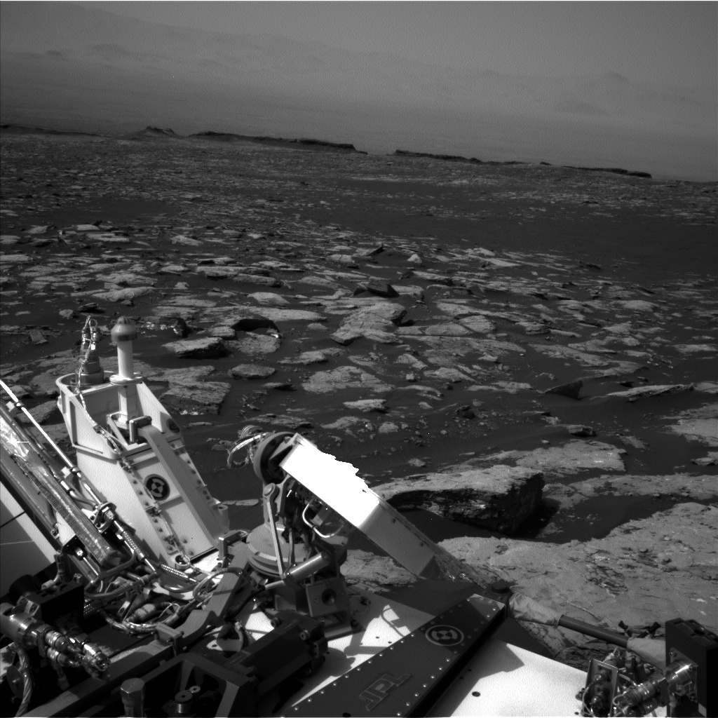 Nasa's Mars rover Curiosity acquired this image using its Left Navigation Camera on Sol 1521, at drive 2668, site number 59