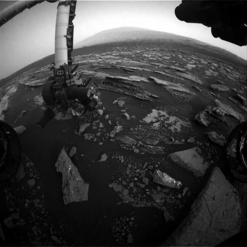 Nasa's Mars rover Curiosity acquired this image using its Front Hazard Avoidance Camera (Front Hazcam) on Sol 1525, at drive 2668, site number 59