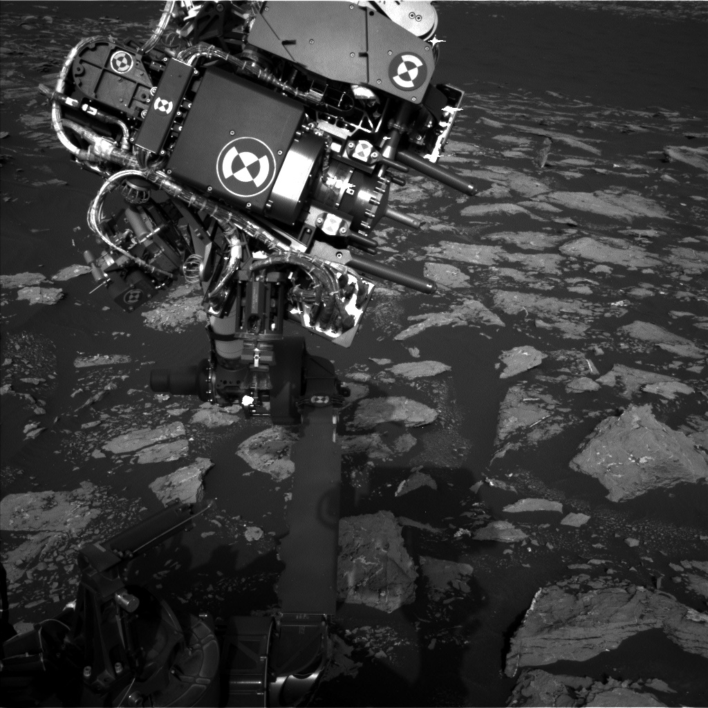 Nasa's Mars rover Curiosity acquired this image using its Left Navigation Camera on Sol 1528, at drive 2830, site number 59