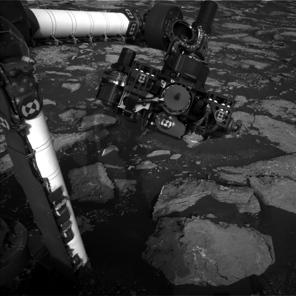 NASA's Mars rover Curiosity acquired this image using its Left Navigation Camera (Navcams) on Sol 1528