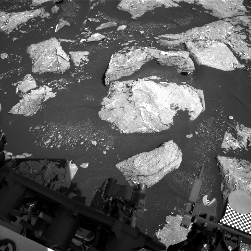 Nasa's Mars rover Curiosity acquired this image using its Left Navigation Camera on Sol 1536, at drive 2830, site number 59