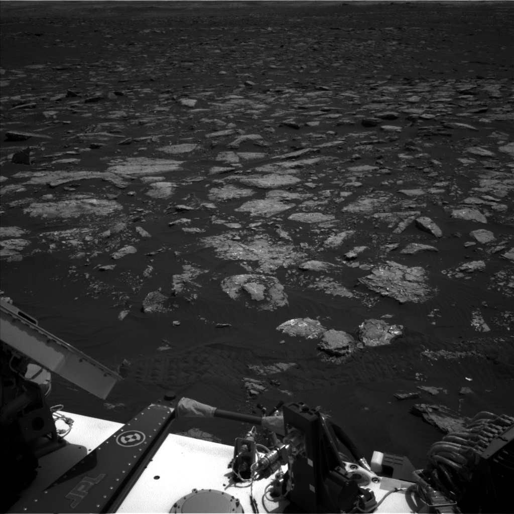 Nasa's Mars rover Curiosity acquired this image using its Left Navigation Camera on Sol 1553, at drive 3004, site number 59
