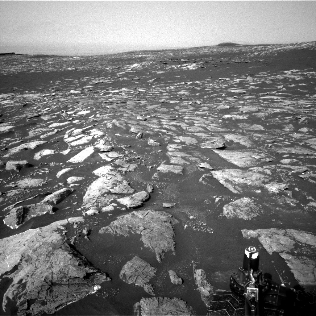 NASA's Mars rover Curiosity acquired this image using its Left Navigation Camera (Navcams) on Sol 1555